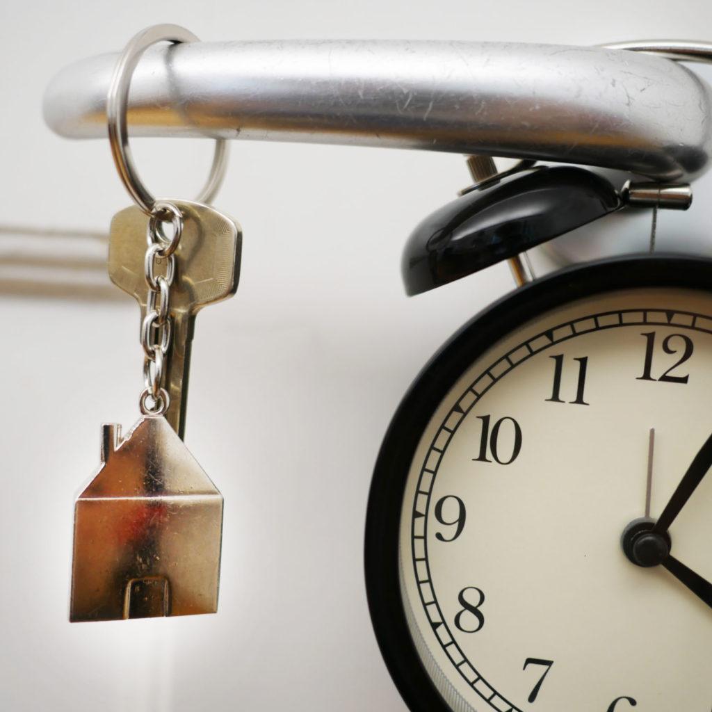 Uhr mit Schlüssel